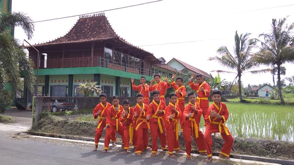 Panti Asuhan di Indonesia